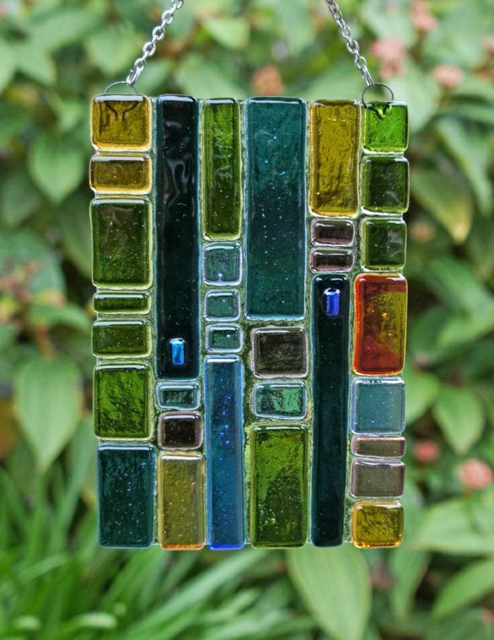 blaues-glas-und-andere-farbe