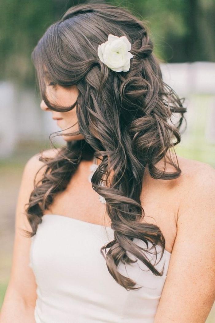 Brautfrisur Mit Blumen 44 Einmalige Fotos Archzine Net