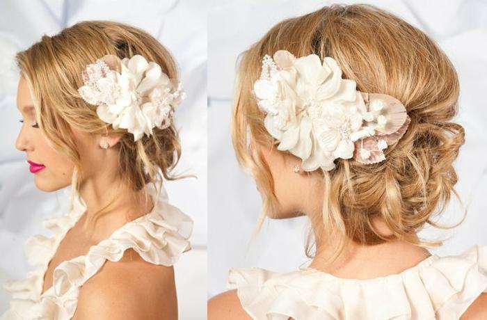 Hochzeitsfrisuren Hochgesteckt Mit Blumen Helle Haarfarbe 2019