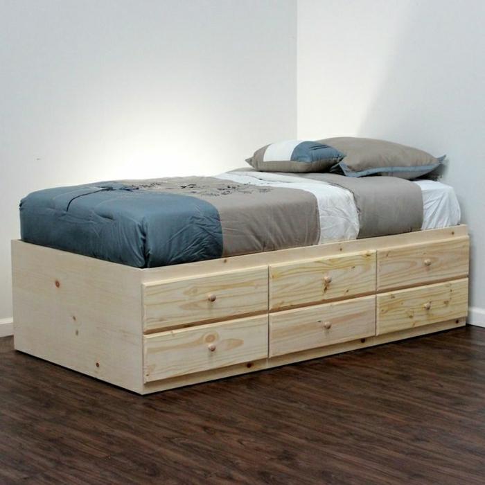 einfaches-hölzernes-Bett-Schubladen-minimalistisch-simpel