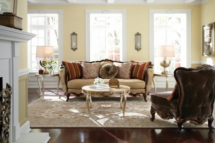 elegantes-wohnzimmer-drei-große-fenster