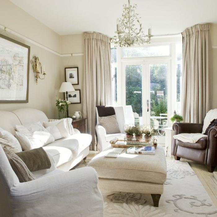 elegantes-wohnzimmer-weißes-schönes-interieur