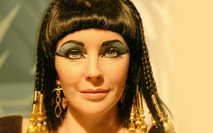 elizabeth-taylor-Film-Cleopatra-Hauptrolle-schön-Hollywood-Legende-Schauspielerin