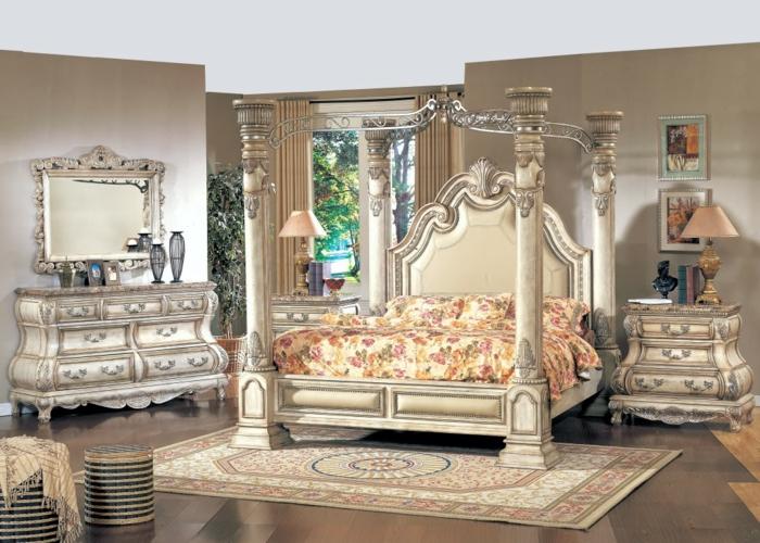 Himmelbett Baldachin Gemütliches Schlafzimmer