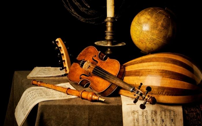 klassische-Musikinstrumente-Set-Kerze-Globus-Notenblätter
