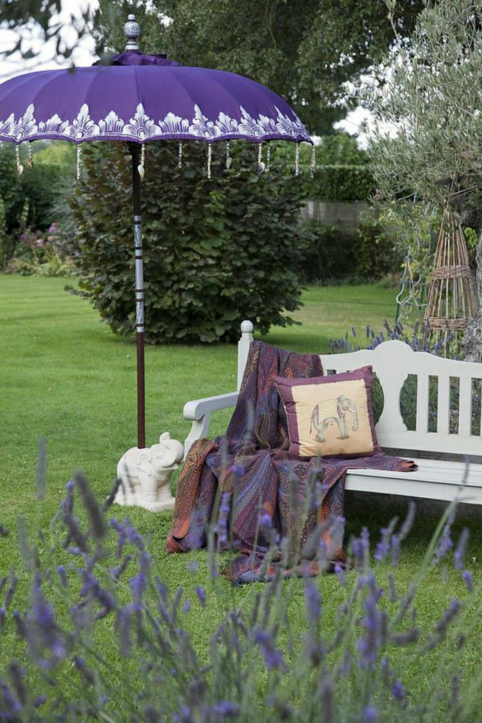 lila-Gartenschirm-Dekoration-indischer-Stil-Elefant-Statue-Kisse-Schlafdecke-Lavendel