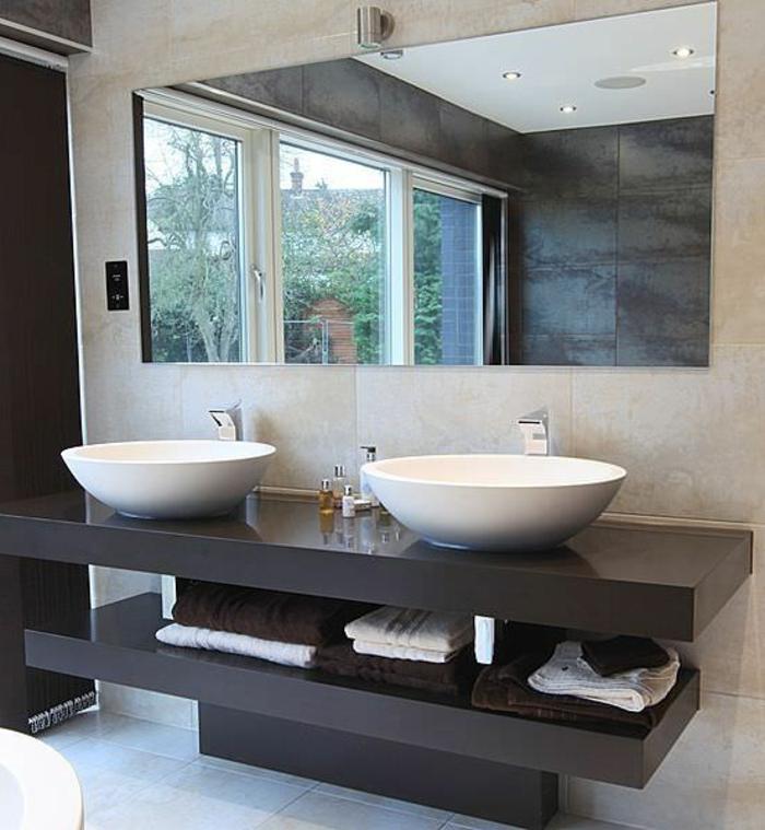 luxus-waschbecken-großer-spiegel-tolles-aussehen