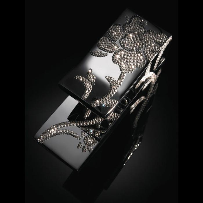 luxus-waschbecken-schöner-schwarzer-hintergrund