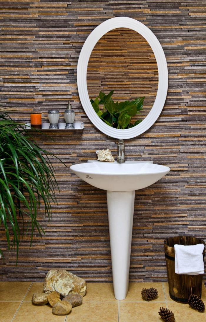 luxus-waschbecken-spiegel-mit-ovaler-form
