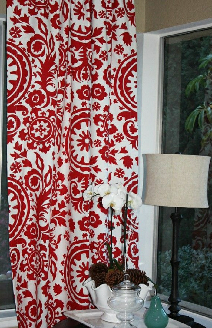 modernes-Design-Gardinen-rot-weiß-Orchidee