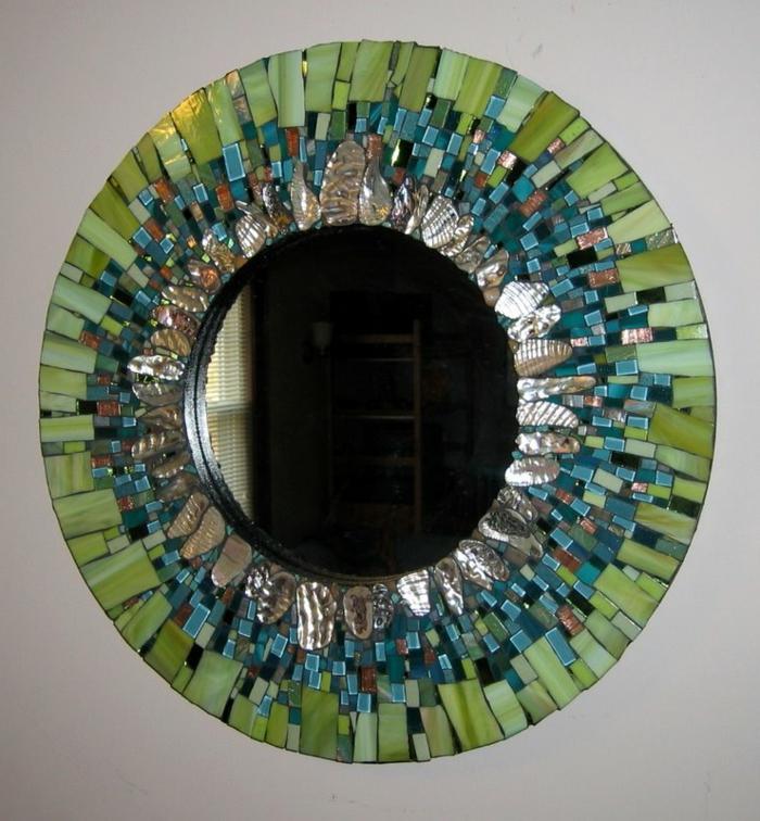 mosaik-spiegel-grüne-und-blaue-farbe