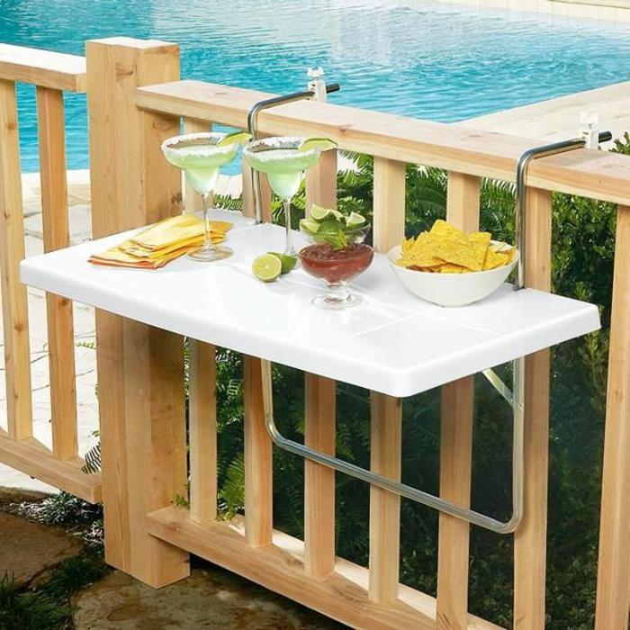 platzsparende-möbel-weißer-tisch-für-balkon