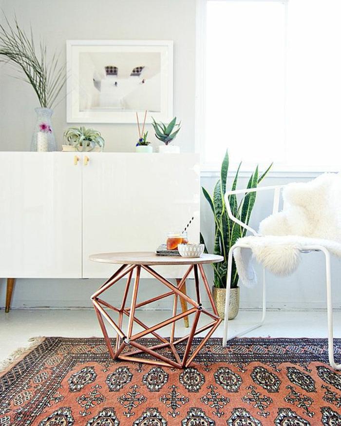 platzsparende-möbel-weißes-schönes-zimmer