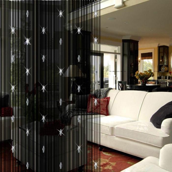 raumtrenner-vorhang-schwarzes-modell