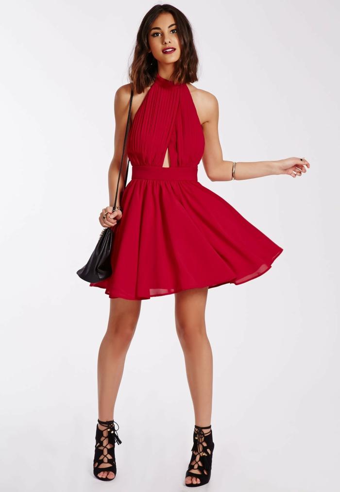 rotes-kleid-modern-und-cool-aussehen