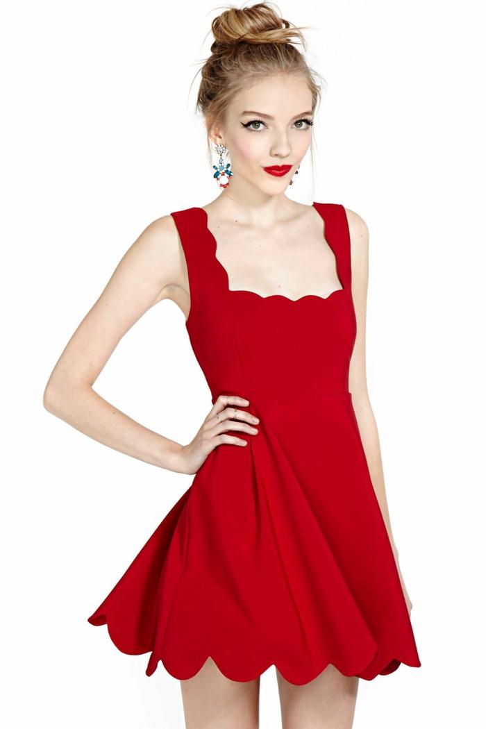 rotes-kleid-zärtliche-junge-dame