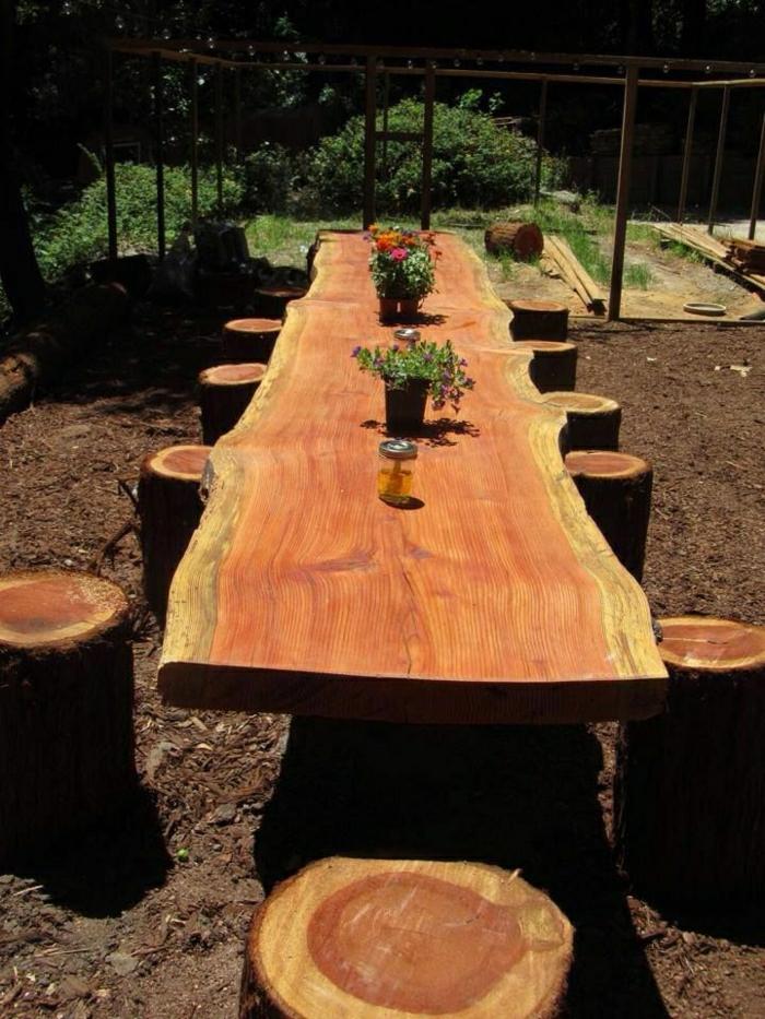 rustikale-Möbel-Garten-Holz-Tisch-Stühle-Stümpfe