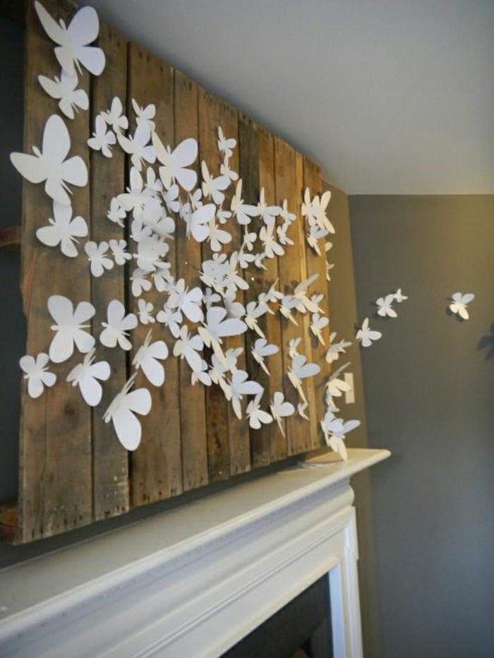 rustikale-Wanddekoration-Treibenholz-Tafel-weiße-Schmetterlinge