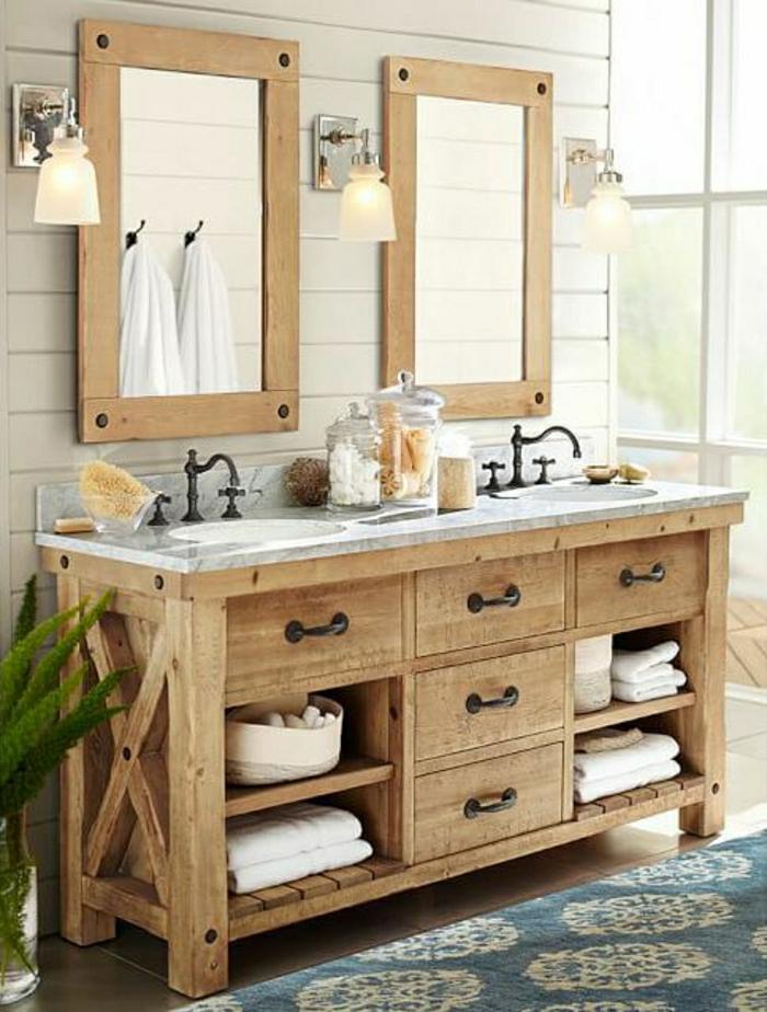 rustikales-Badezimmer-zwei-Spiegel-hölzerner-Unterschrank-Tücher
