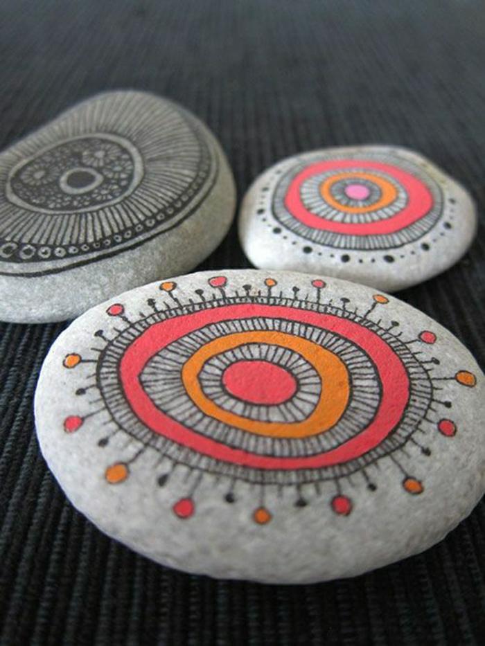 schön-dekorierte-bemalte-Steine
