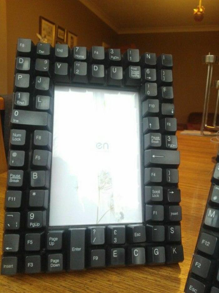 schöne-bilderrahmen-aus-dem-computer- tastatur gemacht