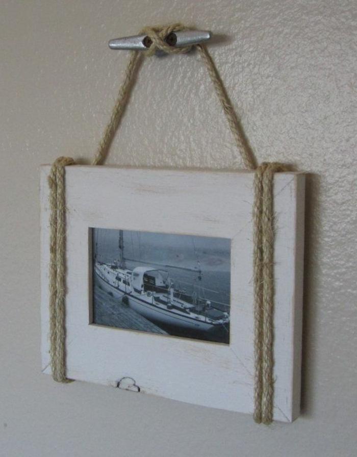 schöne-bilderrahmen-hängendes-modell