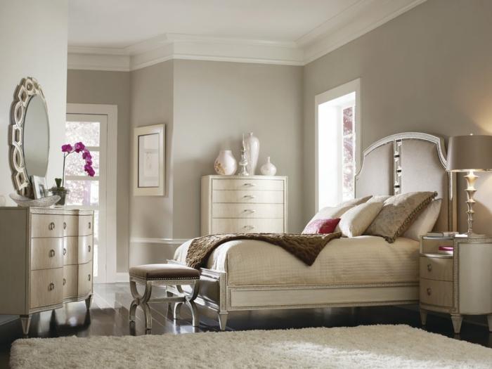 schlafzimmer-bank-klassisches-interieur