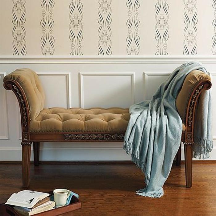 schlafzimmer-bank-schöne-tapete