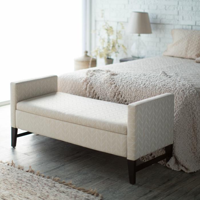 schlafzimmer-bank-weißes-modell-sehr-attraktiv