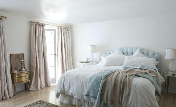 shabby-chic-bilder-gemütliches-weißes-schlafzimmer