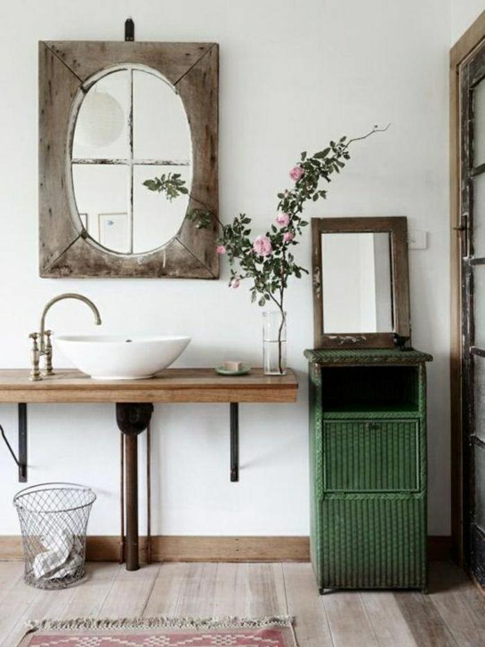 simples-Badezimmer-Design-rustikale-Elemente.grüner-Schrank-Rosen