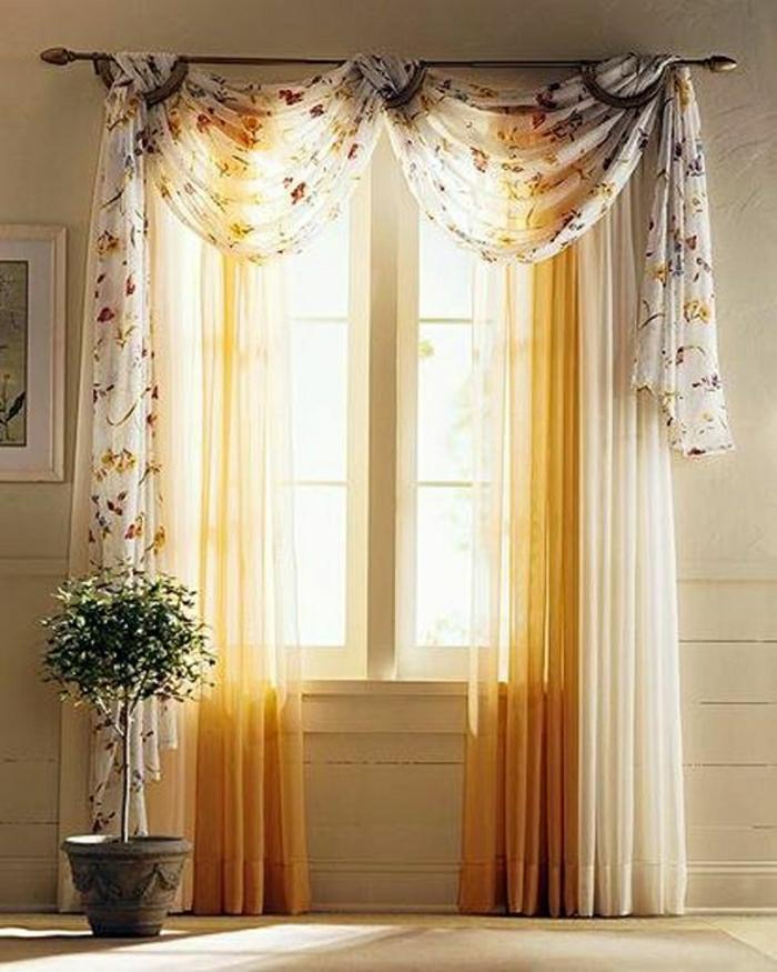 sonnige-Gardinen-weiß-gelb-durchsichtig-bunt-Blumentopf