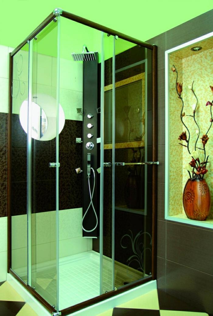 stilvolle-Kabine-Dusche-grüne-Decke-künstliche-Blumen