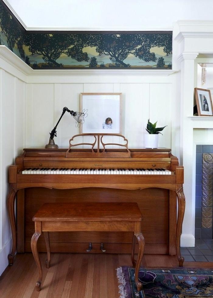 vintage-Klavier-Hocker-Fototapete-Blumentopf