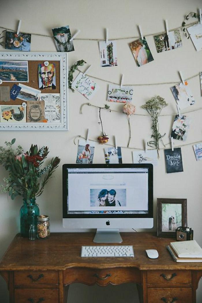 vintage-Schreibtisch-Computer-Fotos-Reihen-Wäschklammer-Blumen-Camera