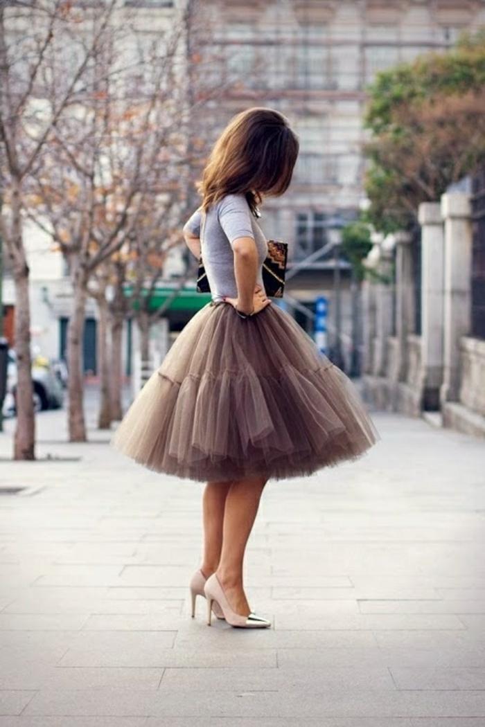 vintage-kleider-wunderschöne-frau