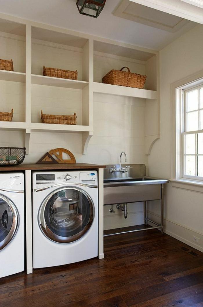 waschbecken-für-waschküche-viele-kleine-regale