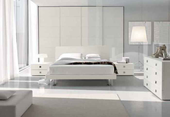 weiße-möbel-sehr-elegantes-modernes-schlafzimmer