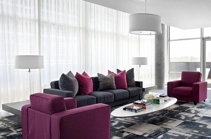 yarial.com = lila wand kombinieren ~ interessante ideen für die ... - Wohnzimmer Grau Beere