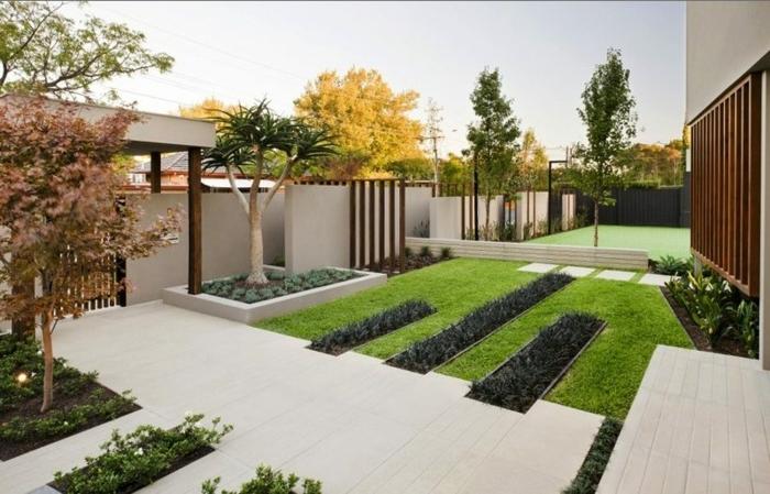 1 sichtschutz ideen für garten moderner außenbereich gartengestaltung beispiele weiße gartenfliesen gartenzaun aus beton
