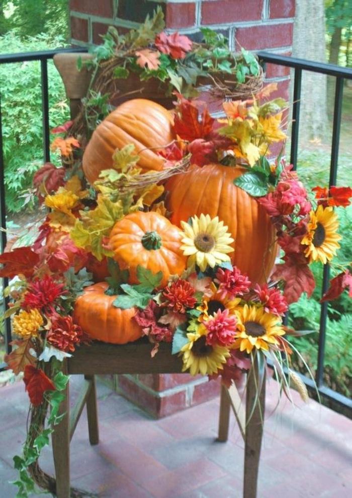 Bild-Sonnenblumen-Kürbisse-Herbst