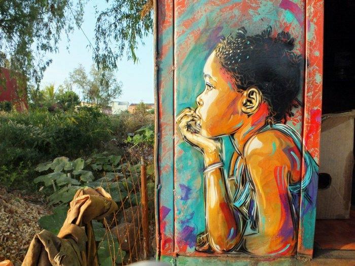 C215-Graffiti-Künstler-schöne-street-art-Bild-Kind-Natur