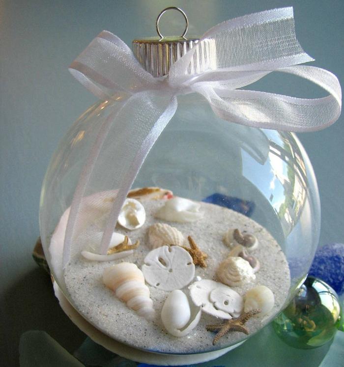 Deko-mit-Musheln-Glasskugel