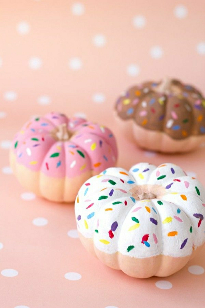 Donut-Kürbisse-süße-Dekoration-kokett