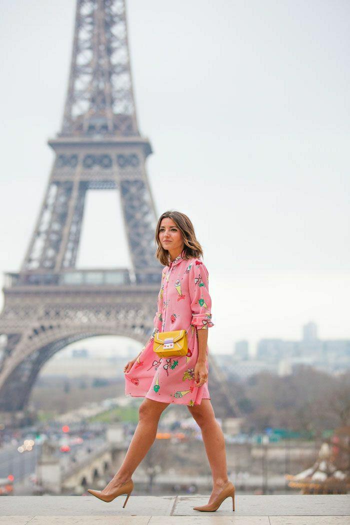 Eiffel-Turm-Mädchen-gelbe-Mini-Tasche-Furla-elegant