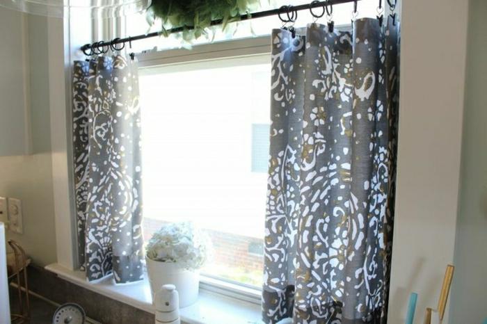 Gardinen für kleine Fenster - weil sie so nützlich sind - Archzine.net