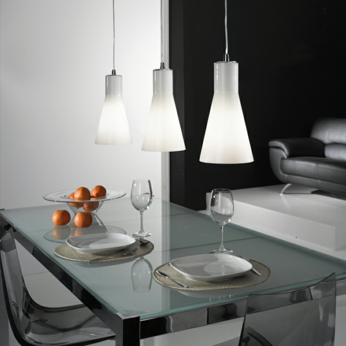 Hängeleuchten-für-Esszimmer-drei-Glas