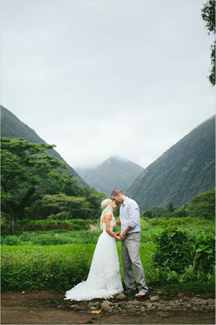 Hawaii-Hochzeit-Idee-Brautpaar
