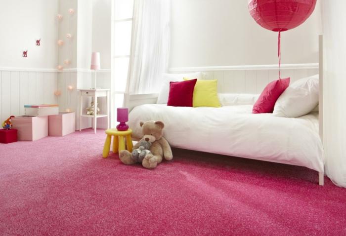 Jügenzimmer-für-Mädchen-rosa-weiß
