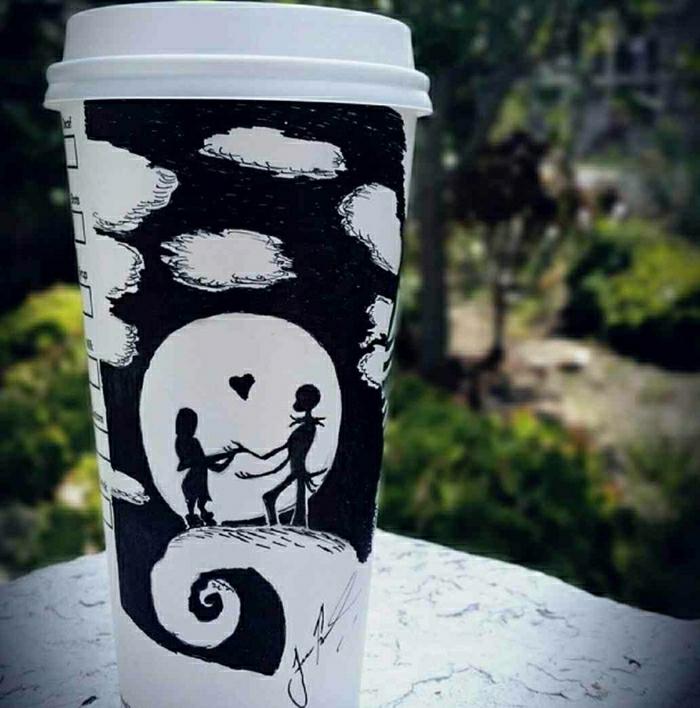 Kaffeebecher-to-go-Papier-Liebe-Geliebte-Zeichnung-schwarz-weiß